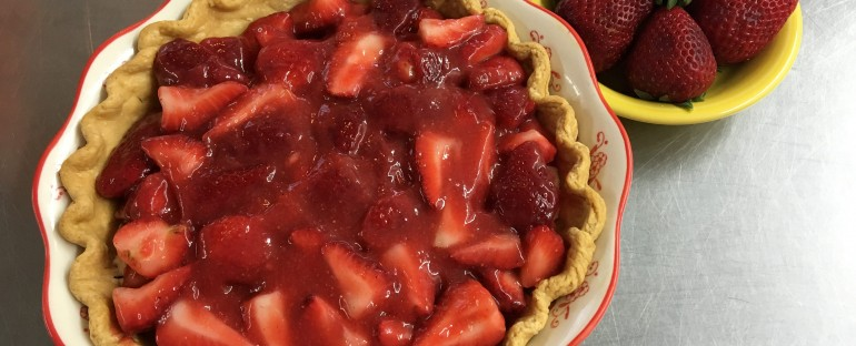 Fresh Strawberry-Ginger Pie